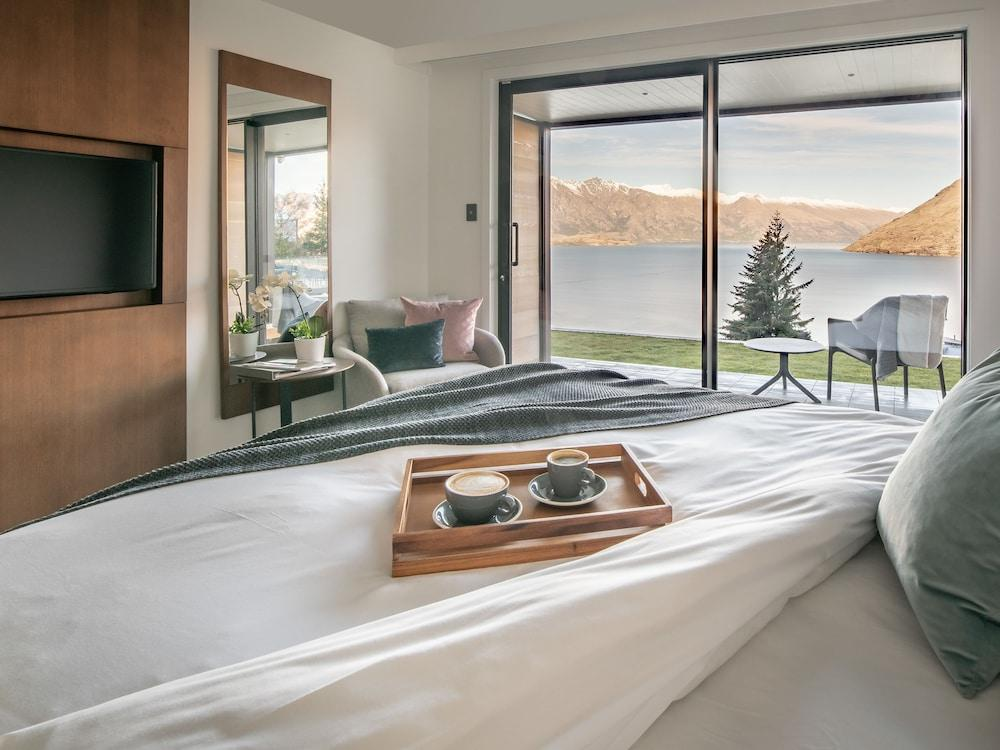 image 1 at Kamana Lakehouse by 139 Fernhill Road Queenstown 9300 New Zealand