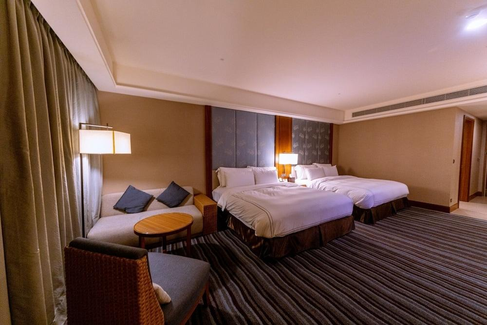 image 1 at Fullon Hotel Tamsui Fisherman's Wharf by No. 83 Guanhai Road Tamsui New Taipei City 251 Taiwan
