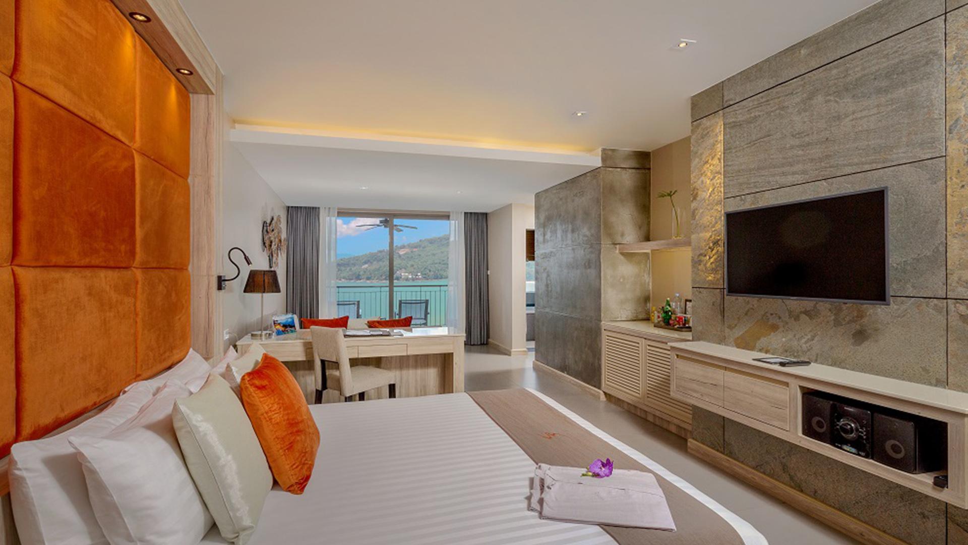 Sea View Jacuzzi Junior Suite image 1 at Cape Sienna Phuket Gourmet Hotel & Villas by Amphoe Kathu, Chang Wat Phuket, Thailand