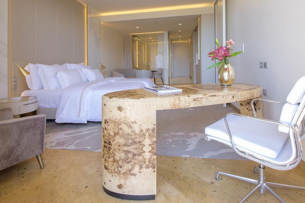 image 1 at Savoy Palace – The Leading Hotels of the World | Savoy Signature by Avenida do Infante, 25 Funchal 9004-542 Portugal