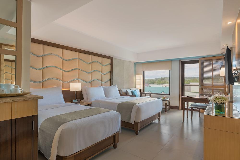 image 1 at Henann Resort Alona Beach by Alona Beach, Tawala Panglao Bohol 6340 Philippines