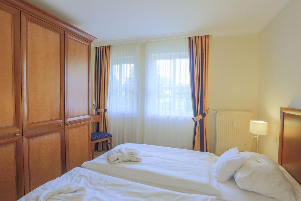 image 1 at Balmer See - Hotel · Golf · Spa by Drewinscher Weg 1 Balm Benz MV 17429 Germany