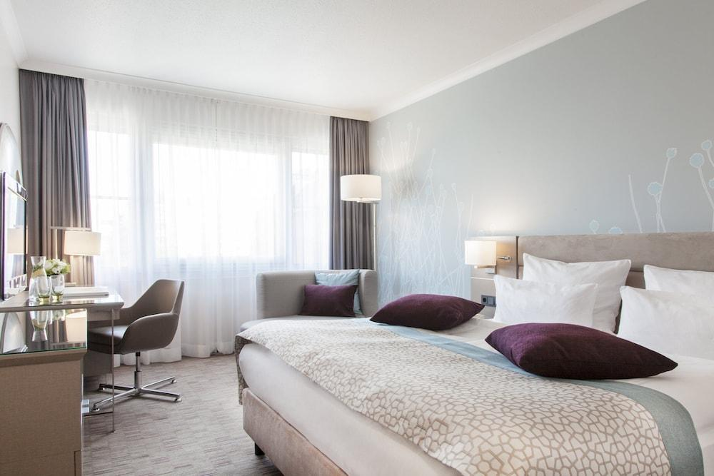 image 1 at Crowne Plaza Berlin City Centre by Nuernberger Strasse 65 Berlin BE 10787 Germany