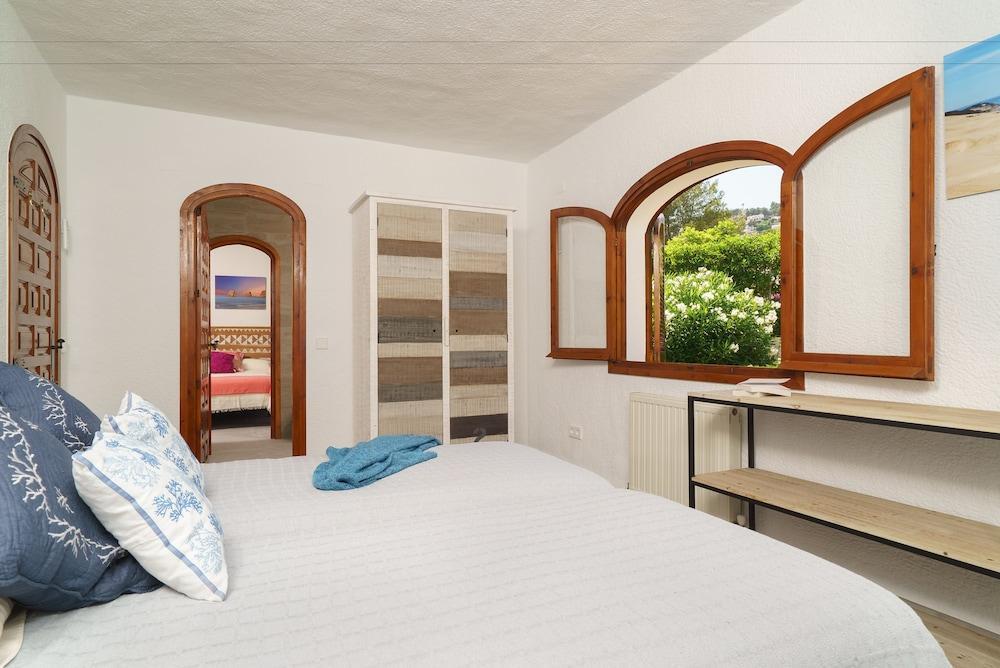 image 1 at Villa Solhabitat Bonita Moraira by Calle Beniarjo, 10 Teulada 3724 Spain
