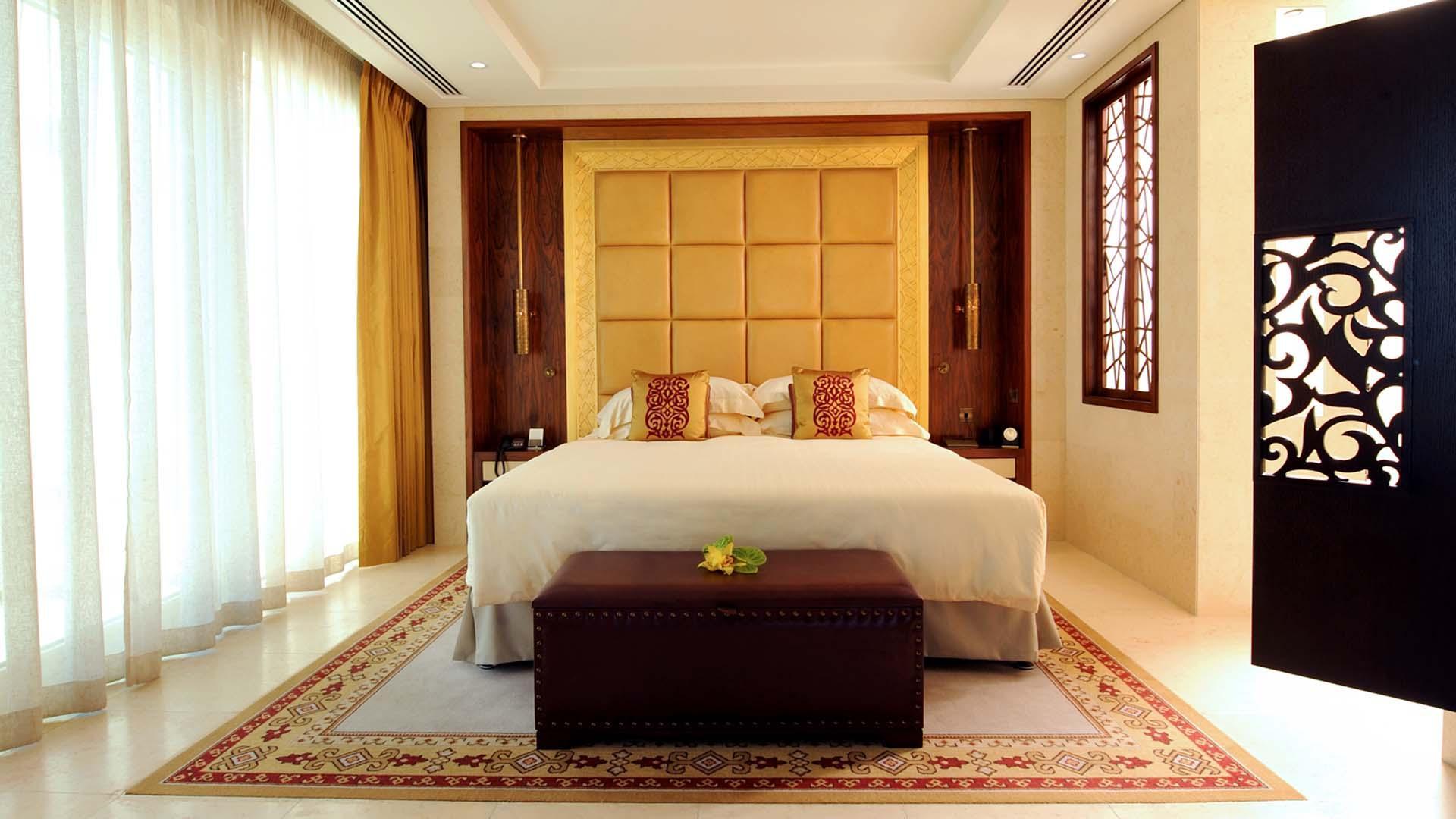 Landmark Suite image 1 at Raffles Dubai by null, Dubai, United Arab Emirates