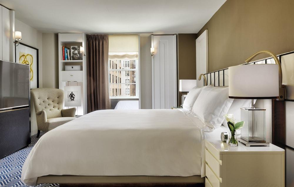 image 1 at The Carlyle, A Rosewood Hotel by 35 E 76th St New York NY New York 10021 United States