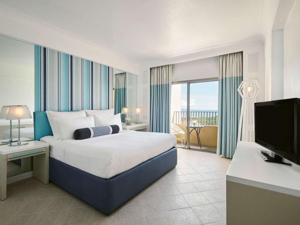 image 1 at Mövenpick Hotel Mactan Island Cebu by Punta Engano, Mactan Island Lapu-Lapu Cebu 6015 Philippines