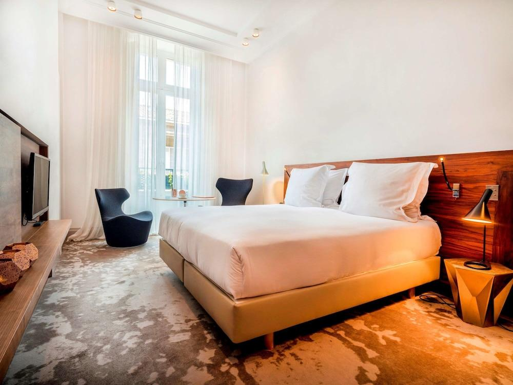 image 1 at Yndo Hotel by 108 rue Abbe de l'Epee Bordeaux Gironde 33000 France