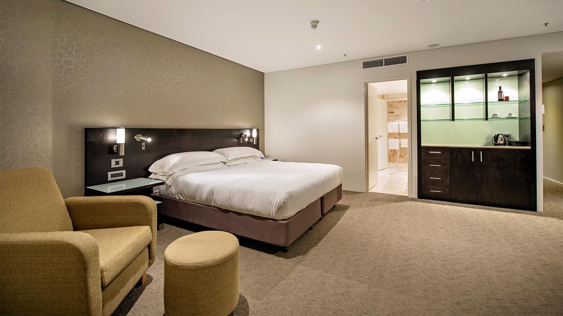 King Guest Room image 1 at Hilton Darwin by Darwin Municipality, Northern Territory, Australia