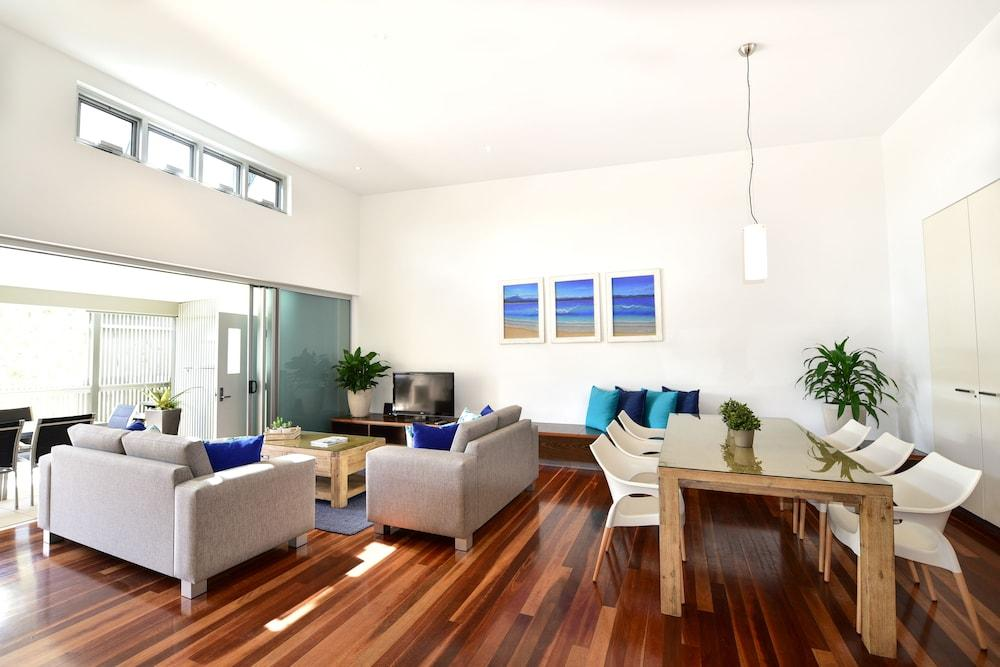 image 1 at East on Byron by 35 Childe Street Byron Bay NSW New South Wales 2481 Australia