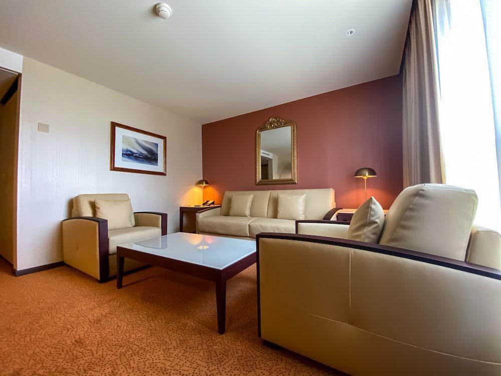 image 1 at Nash Airport Hotel by Chemin de la Violette 11 Cointrin Meyrin GE 1216 Switzerland