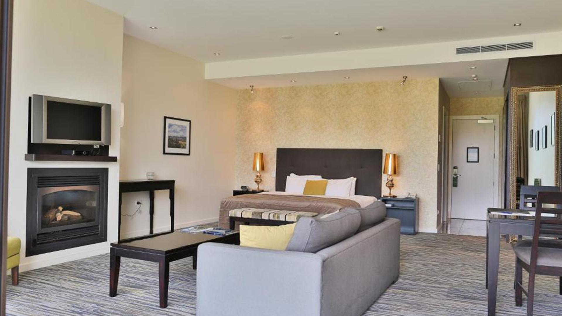Superior Spa Suite image 1 at Braemar Lodge & Spa by null, Canterbury, New Zealand