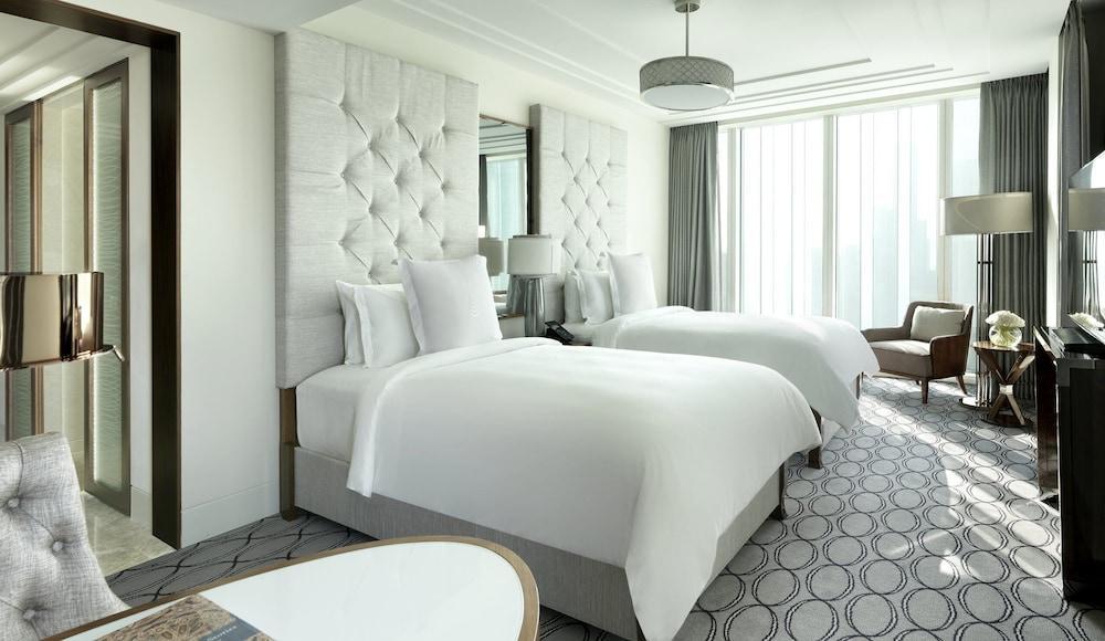 image 1 at Four Seasons Hotel Abu Dhabi at Al Maryah Island by Al Maryah Island Po Box 107032 Abu Dhabi United Arab Emirates