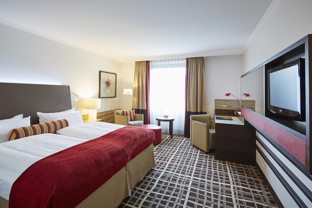 image 1 at Steigenberger Hotel Berlin by Los-Angeles-Platz 1 Berlin BE 10789 Germany