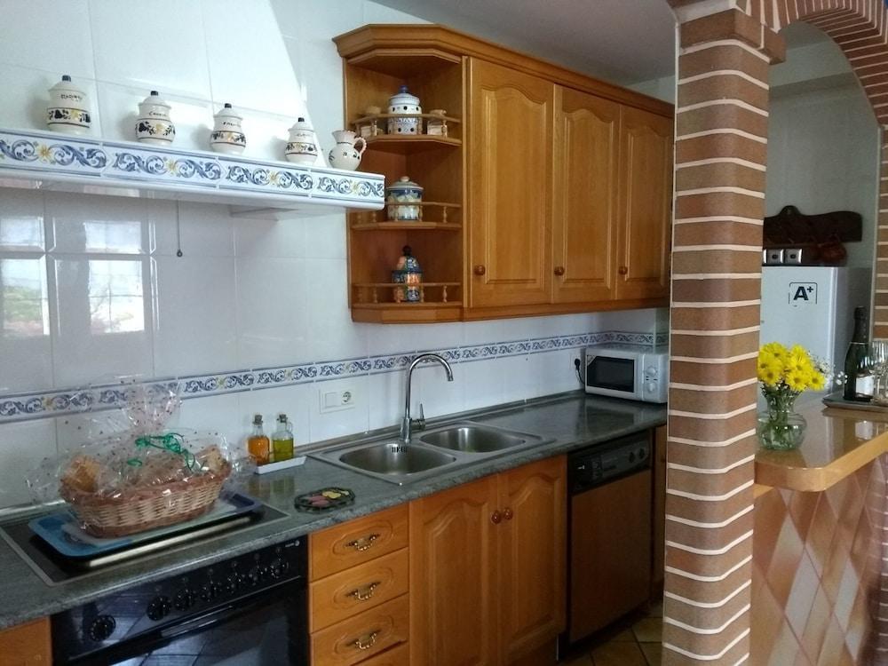 image 1 at Casa Rural Mirador del Valle - Alborada by Calle Plaza de Toros,4 Villafuerte 47180 Spain