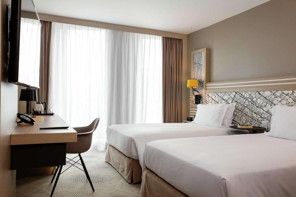 image 1 at Hilton Garden Inn Bordeaux Centre by 17 Allée de Rio Bordeaux 33800 France