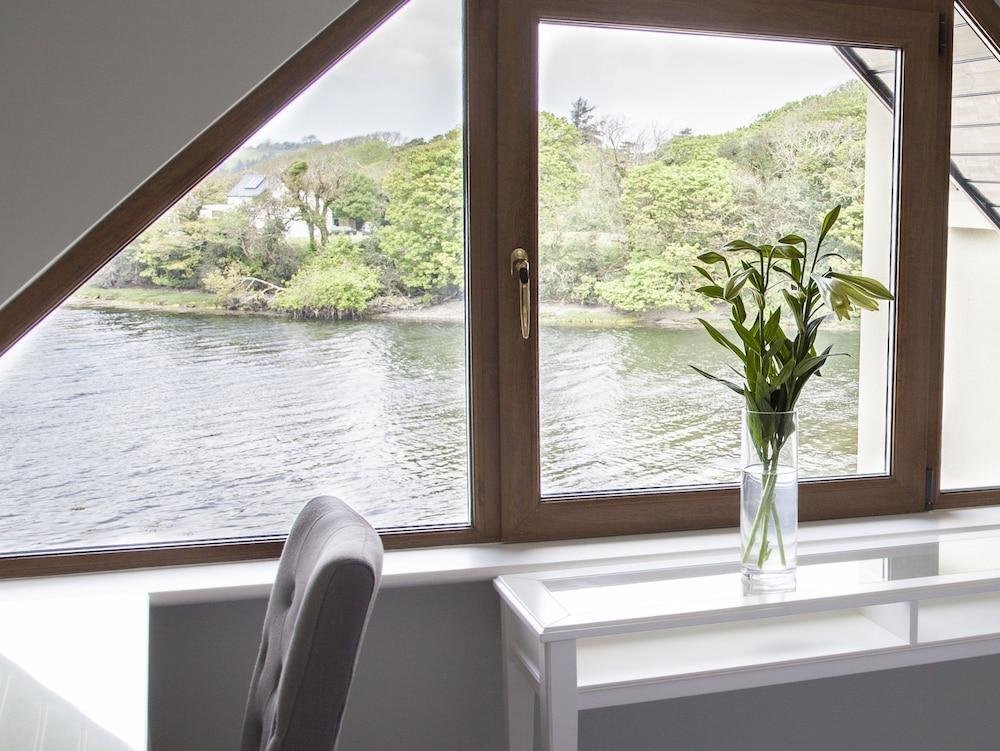image 1 at Seafort Luxury Hideaway by Seafort Donemark Bantry Cork P75FX40 Ireland