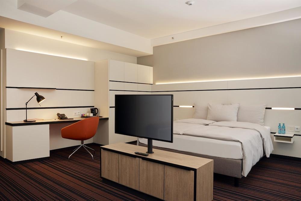 image 1 at Hyperion Hotel Hamburg by Amsinckstraße 39 Hamburg 20097 Germany