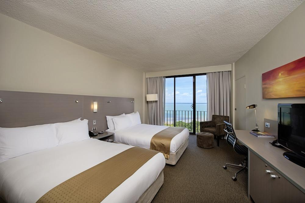 image 1 at DoubleTree by Hilton Darwin by 122 The Esplanade Darwin NT Northern Territory 0800 Australia