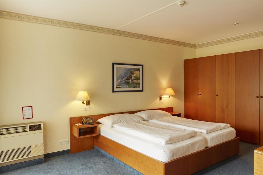 image 1 at H4 Hotel Arcadia Locarno by Lungolago G. Motta Locarno TI 6601 Switzerland