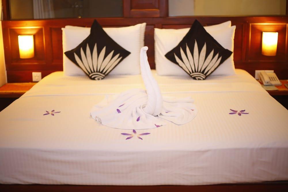 image 1 at The Long Beach Resort by Koggala Habaraduwa Koggala Sri Lanka